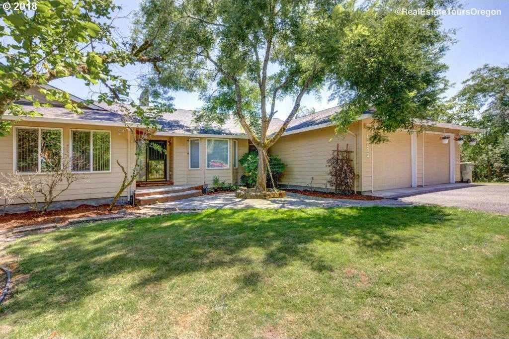 $1,375,000 - 3Br/3Ba -  for Sale in 2 West Valley, Hillsboro