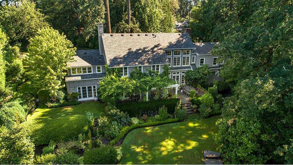 $2,525,000 - 5Br/4Ba -  for Sale in Dunthorpe, Portland