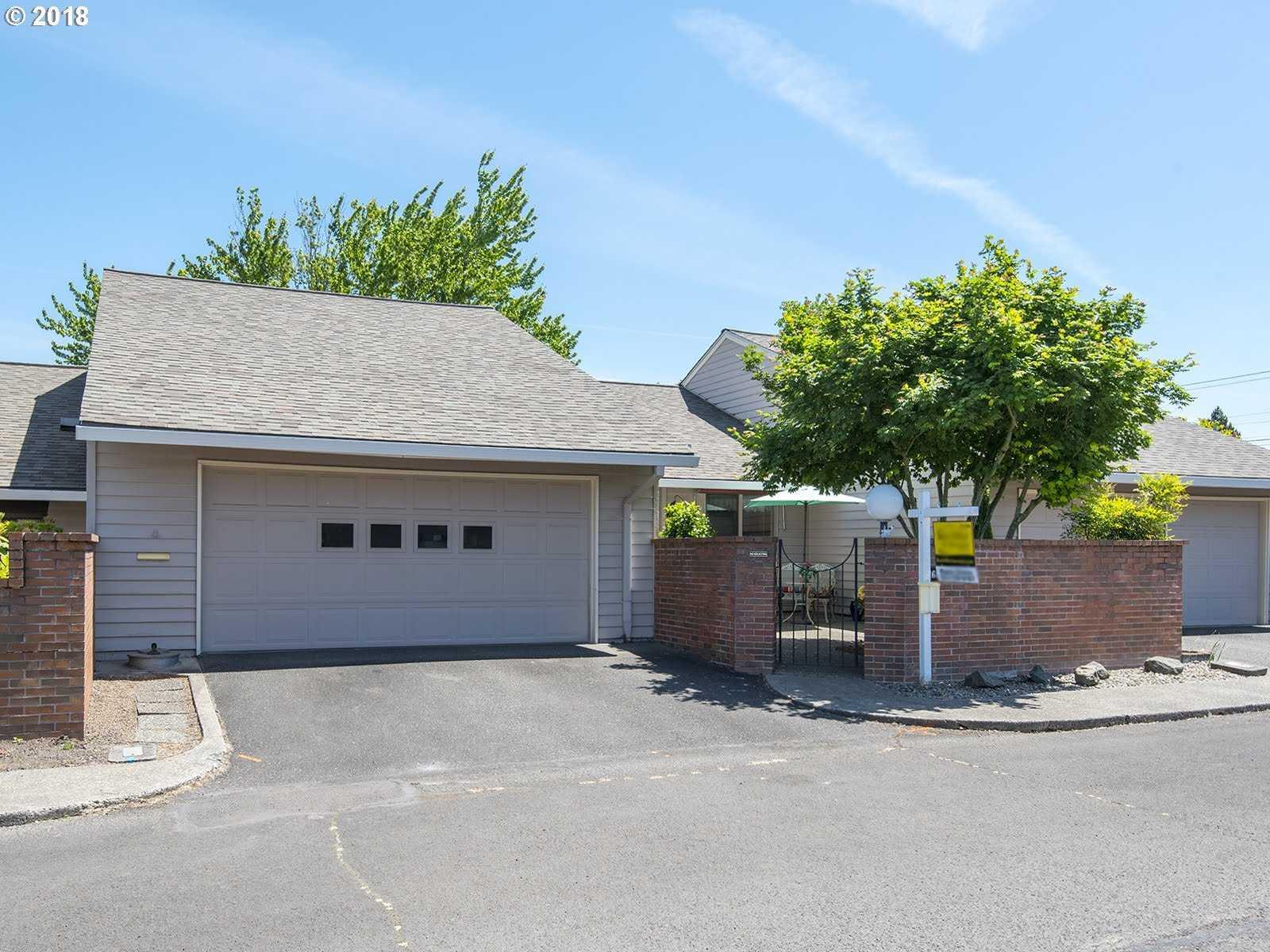 $295,000 - 2Br/2Ba -  for Sale in Garden Villa, King City