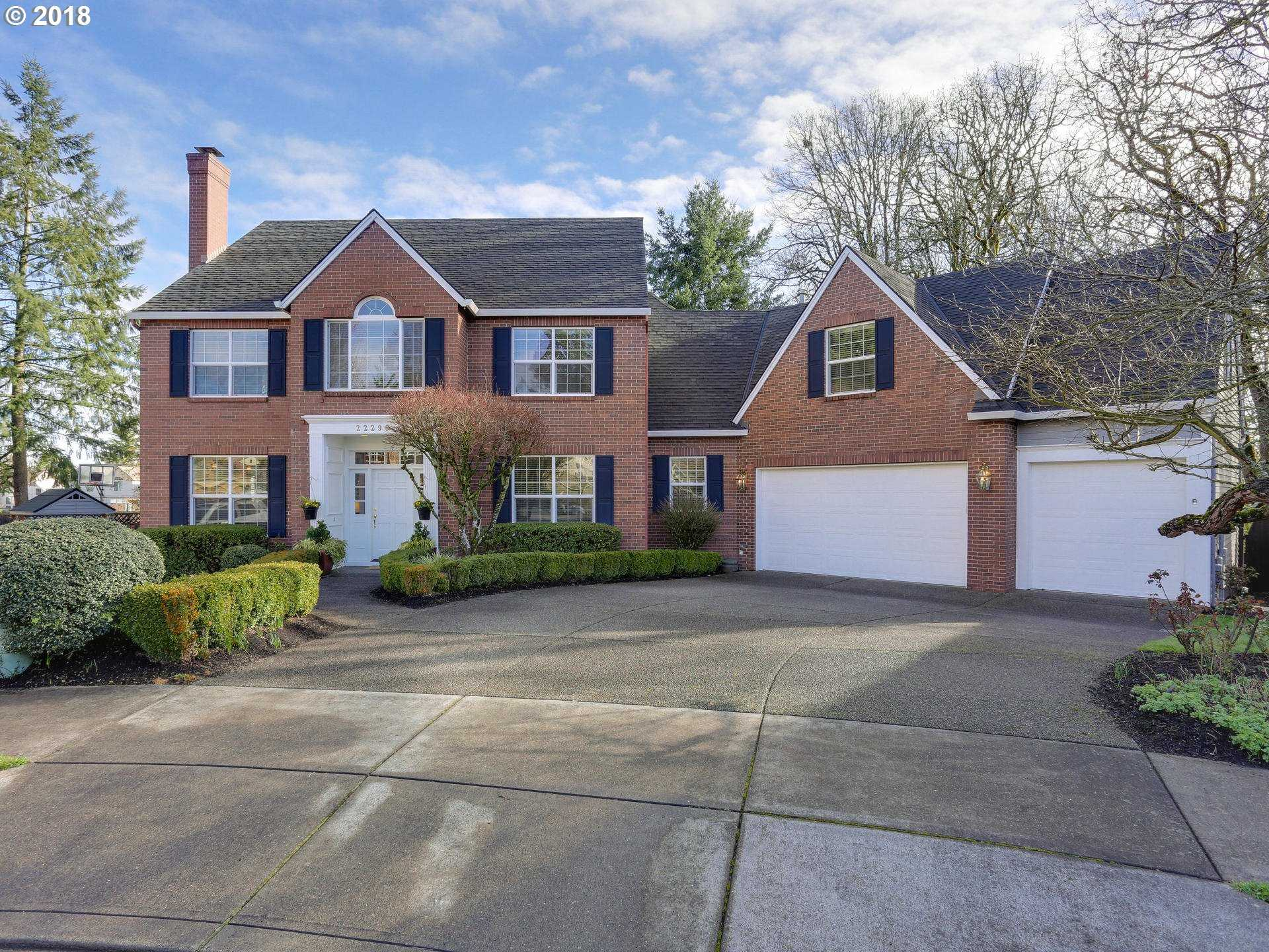 $799,900 - 5Br/4Ba -  for Sale in Victoria Woods, Tualatin