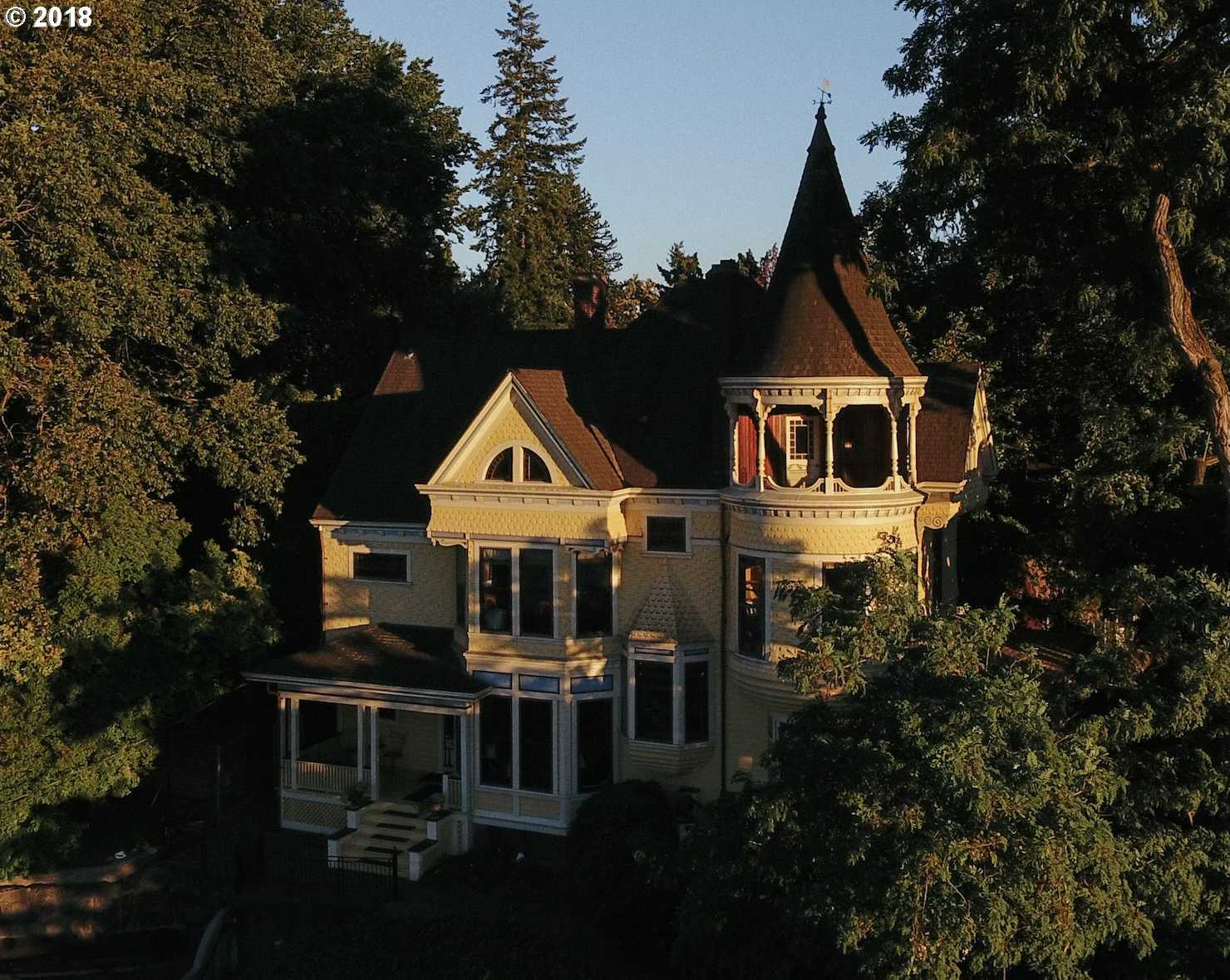 $1,480,000 - 8Br/3Ba -  for Sale in Portland