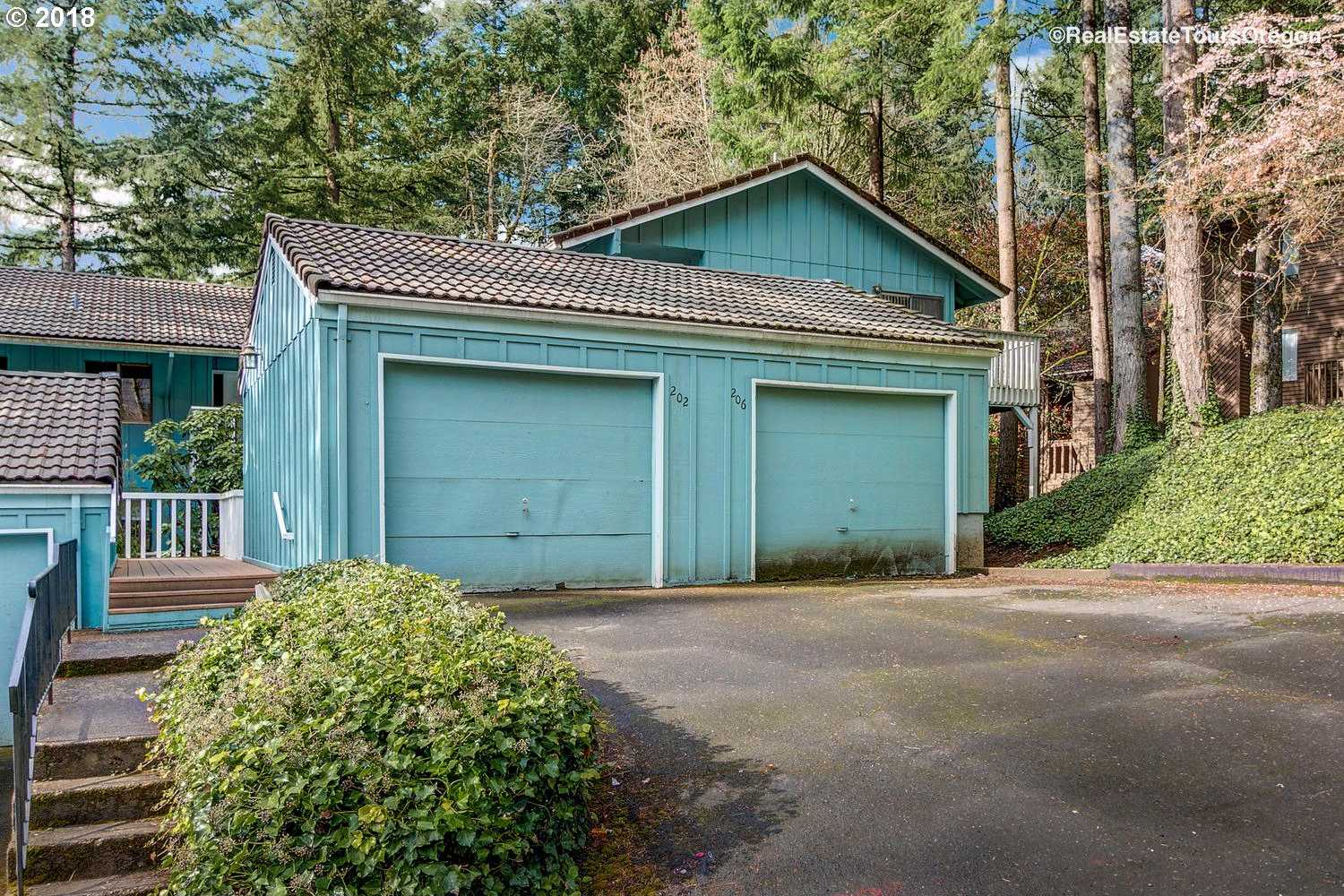 $225,000 - 2Br/2Ba -  for Sale in Lake Oswego