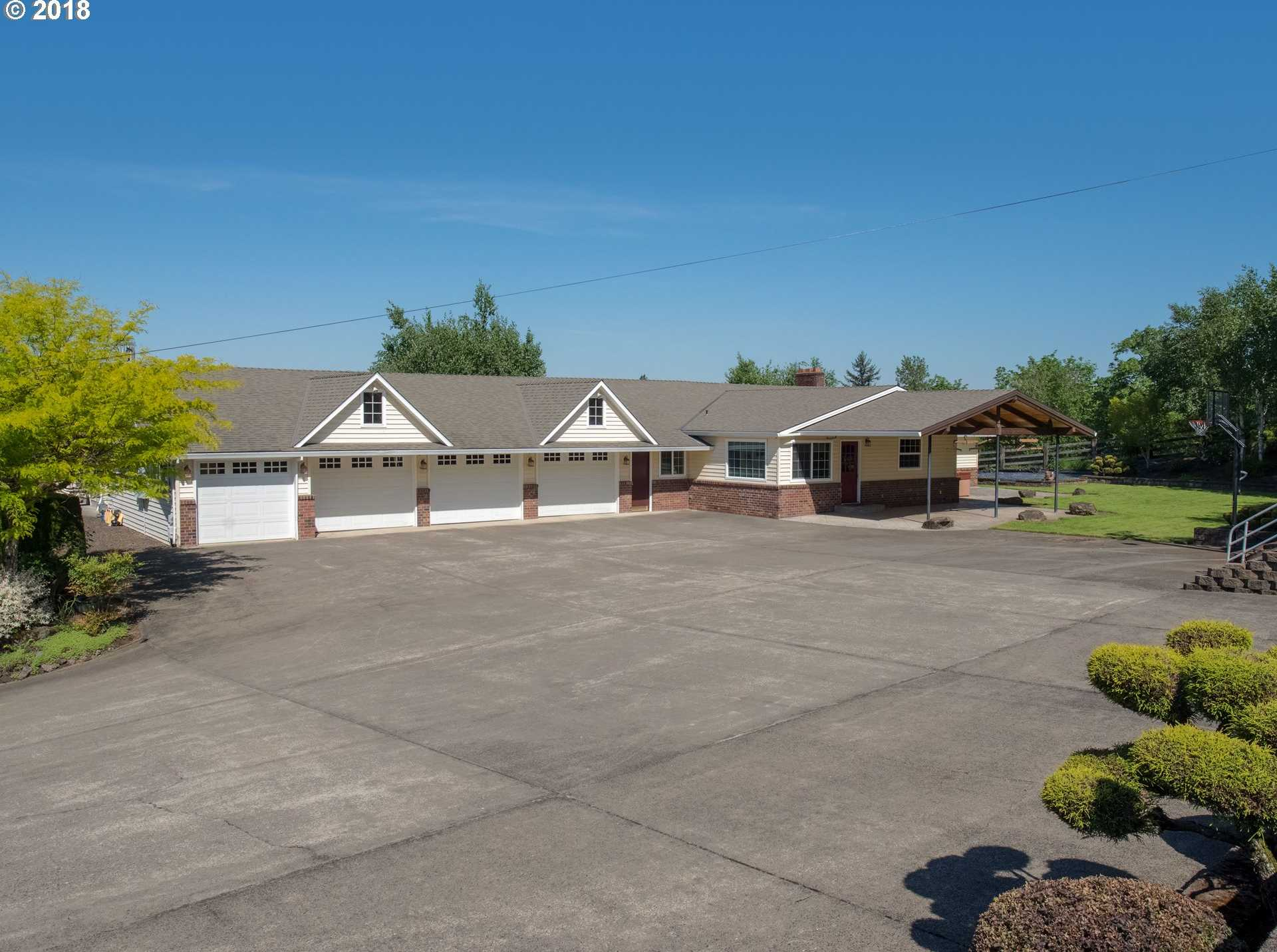 $1,399,990 - 4Br/3Ba -  for Sale in Gresham