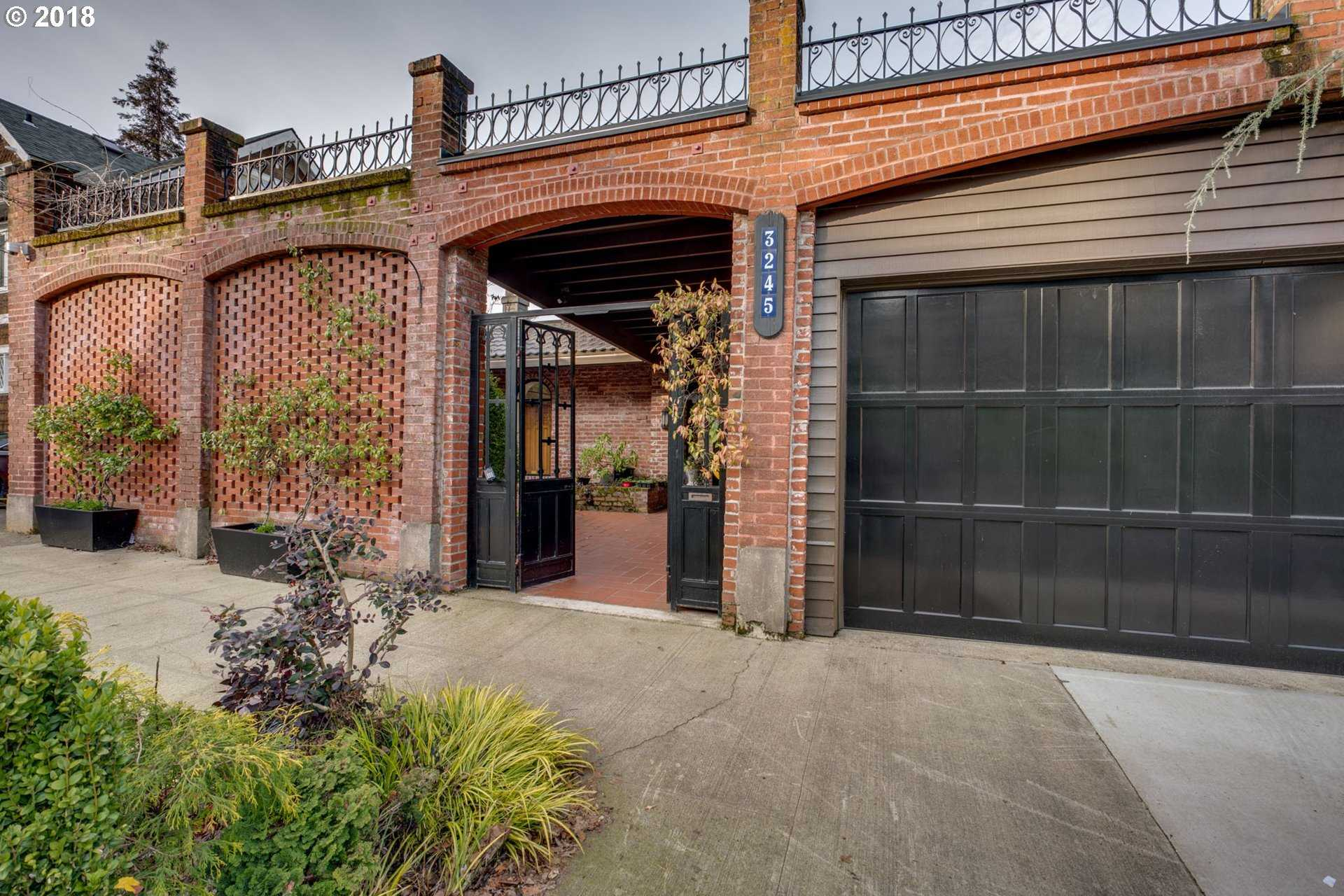 $1,375,000 - 3Br/3Ba -  for Sale in Willamette Heights, Portland