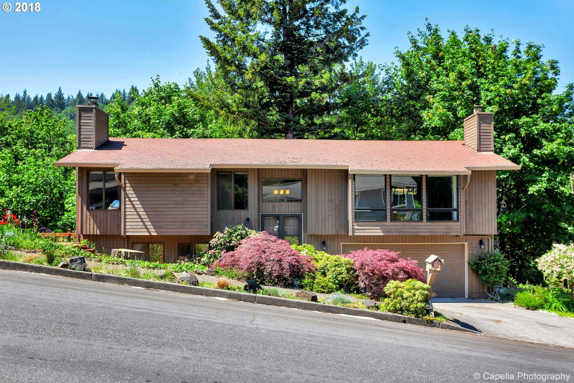 $369,900 - 3Br/3Ba -  for Sale in Gresham