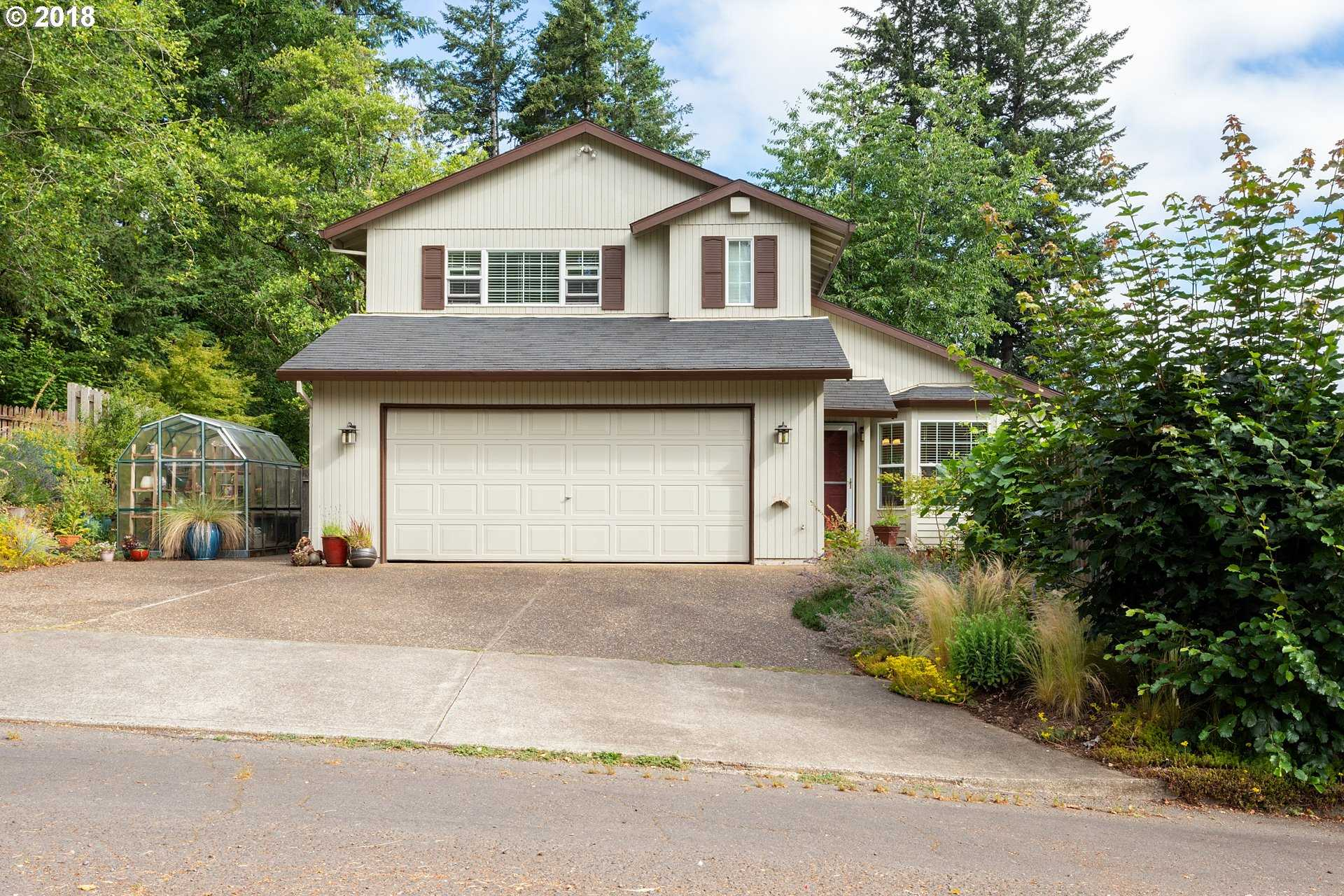 $369,900 - 3Br/3Ba -  for Sale in Beavercreek