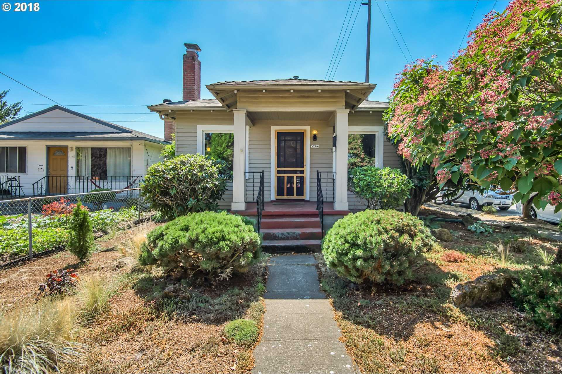 $400,000 - 3Br/1Ba -  for Sale in Portland
