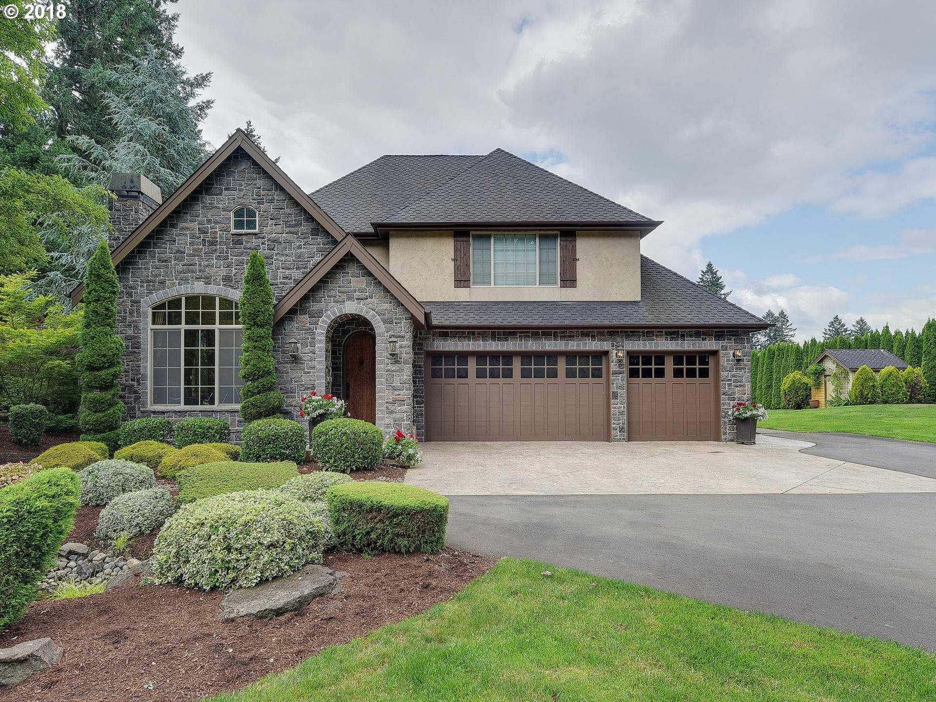 $1,890,000 - 4Br/3Ba -  for Sale in West Linn