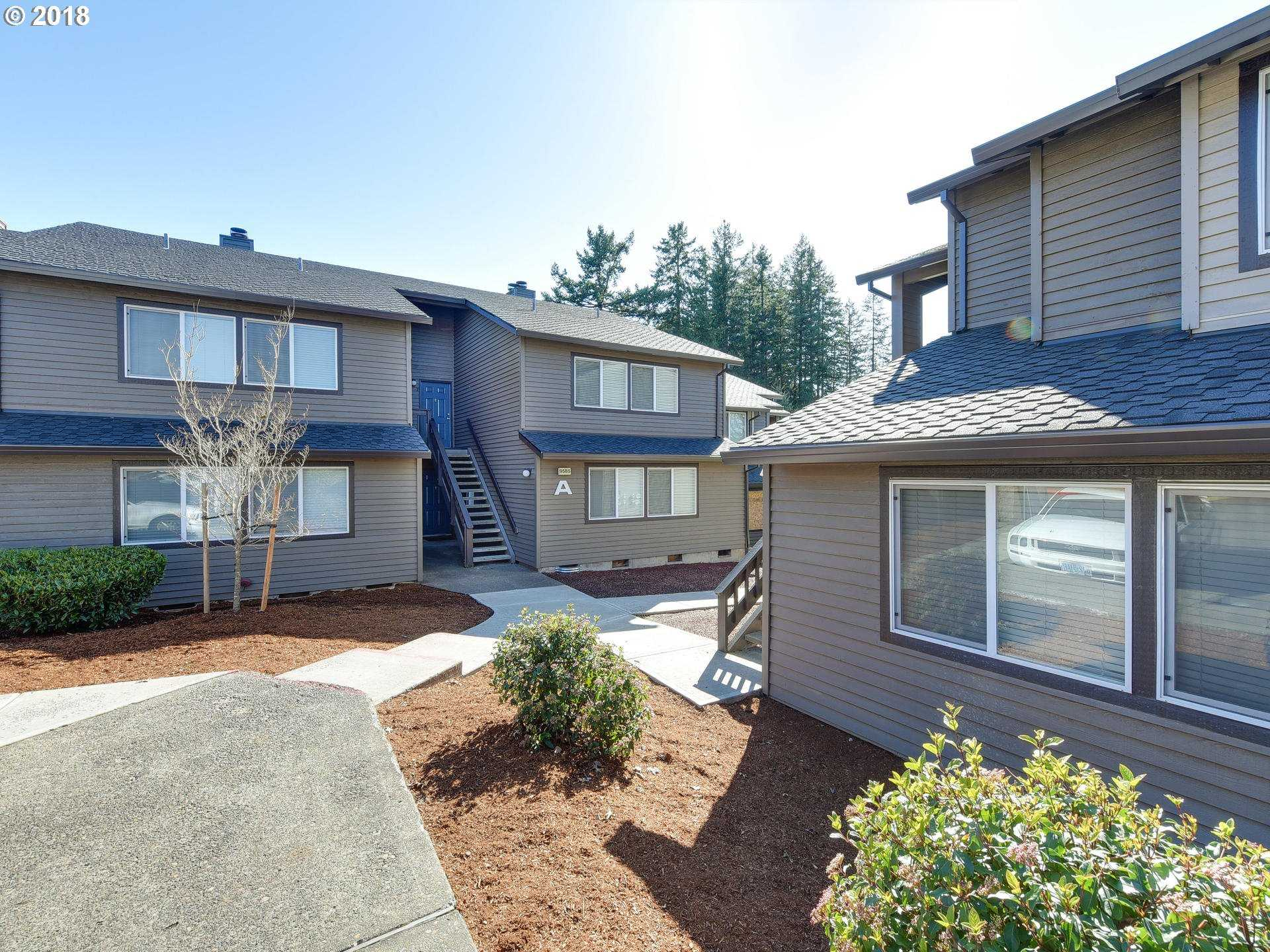$199,900 - 2Br/2Ba -  for Sale in Murrayhill Woods, Beaverton