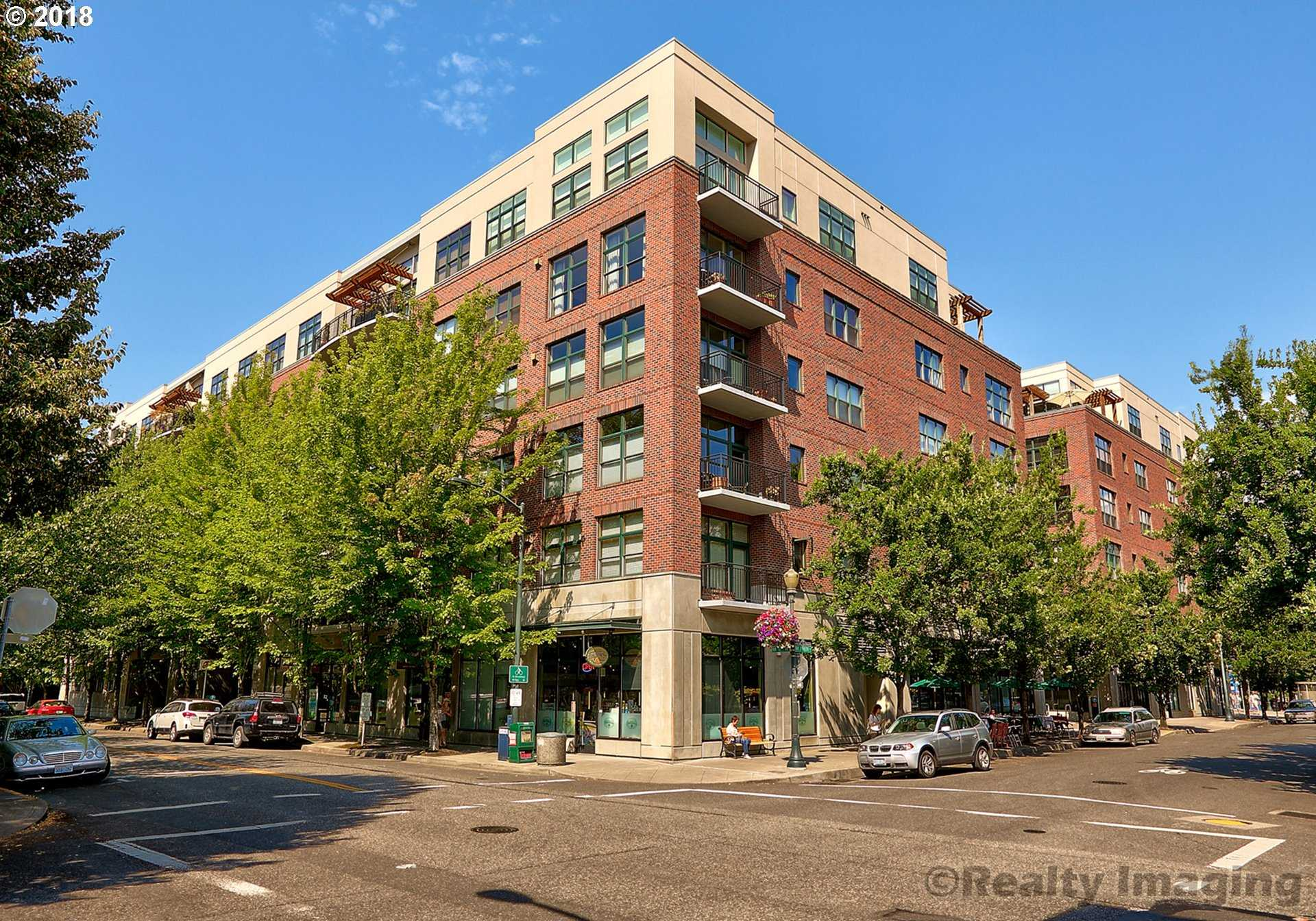 $1,100,000 - 2Br/3Ba -  for Sale in Portland