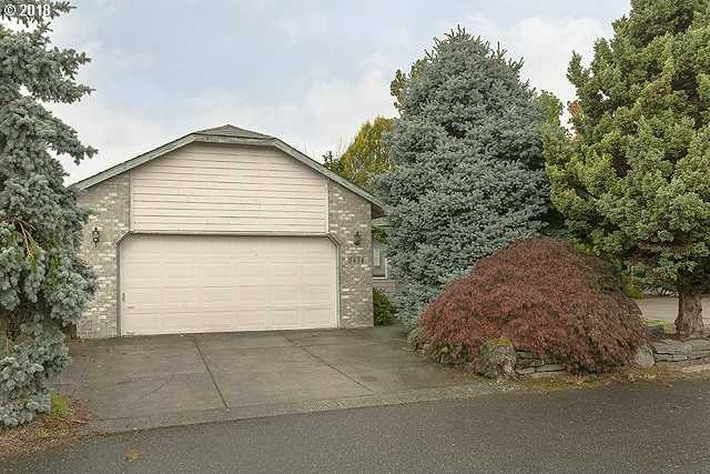 $300,000 - 3Br/2Ba -  for Sale in Portland
