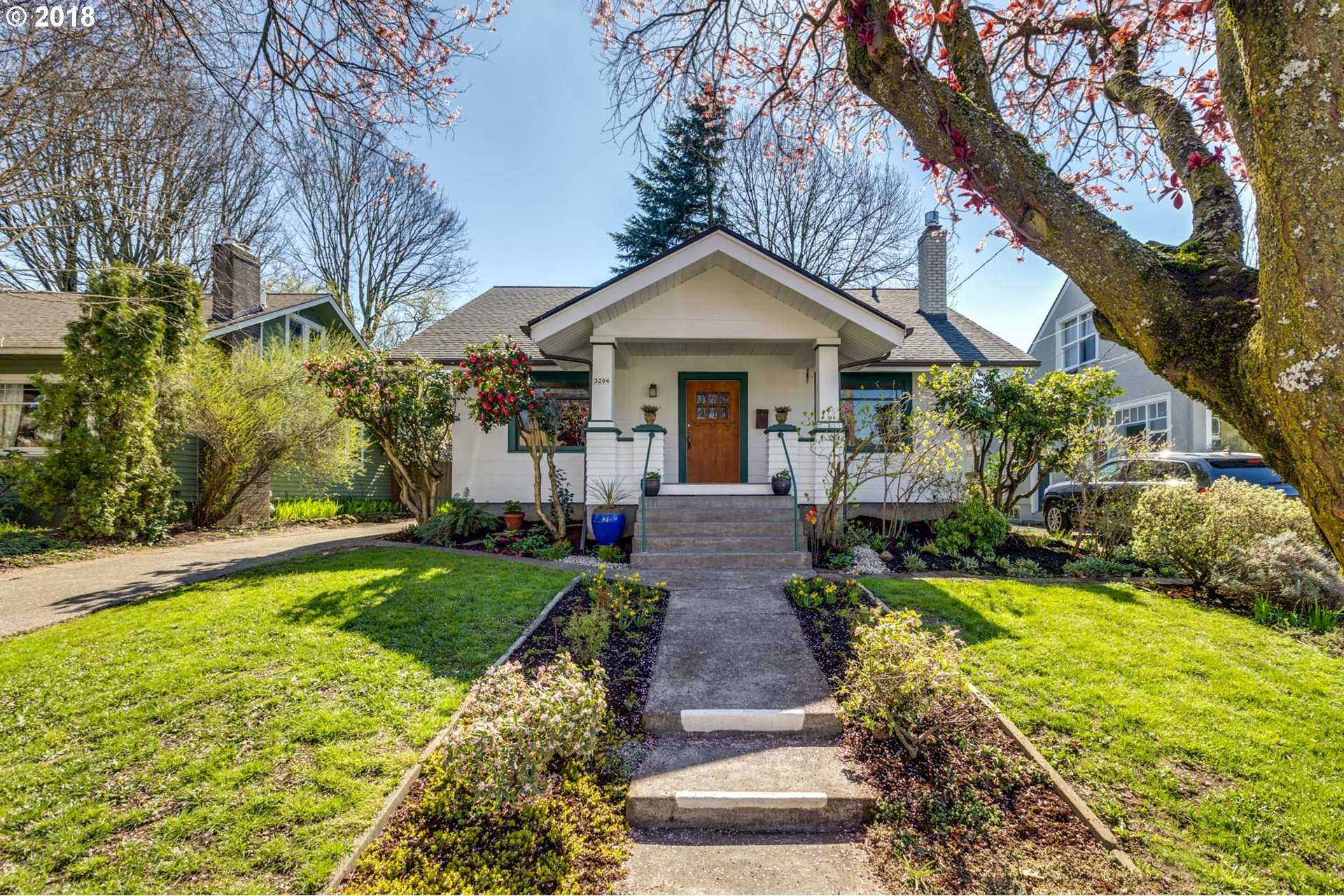 $519,000 - 4Br/2Ba -  for Sale in Portland