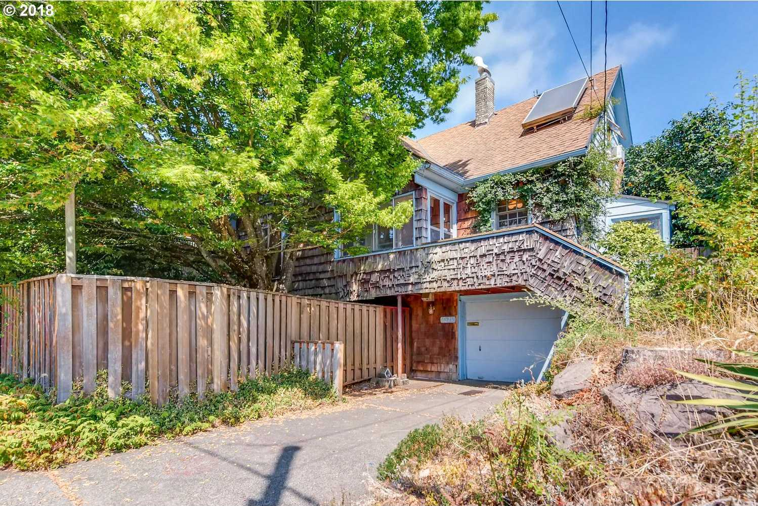 $490,500 - 4Br/3Ba -  for Sale in Portland