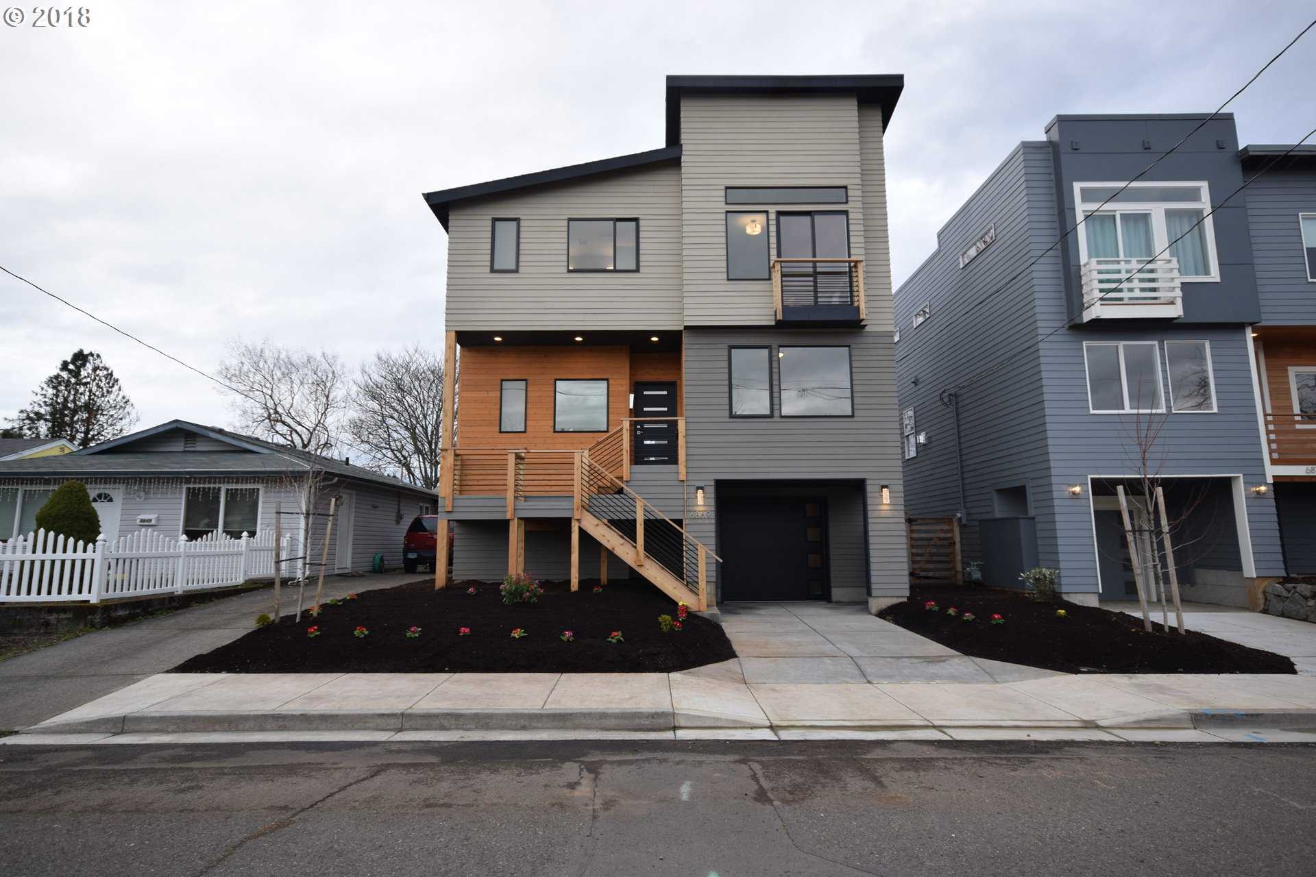 $549,989 - 5Br/3Ba -  for Sale in Portland