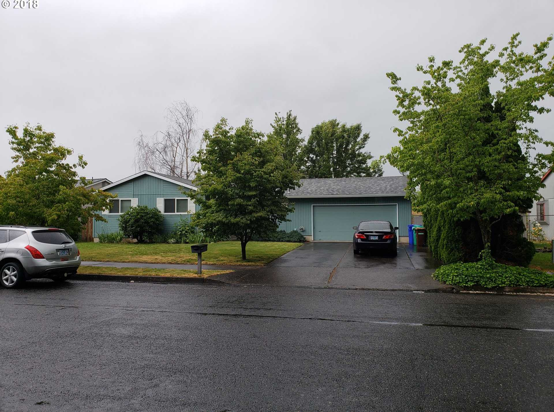 $299,999 - 3Br/1Ba -  for Sale in Sandpiper, Gresham