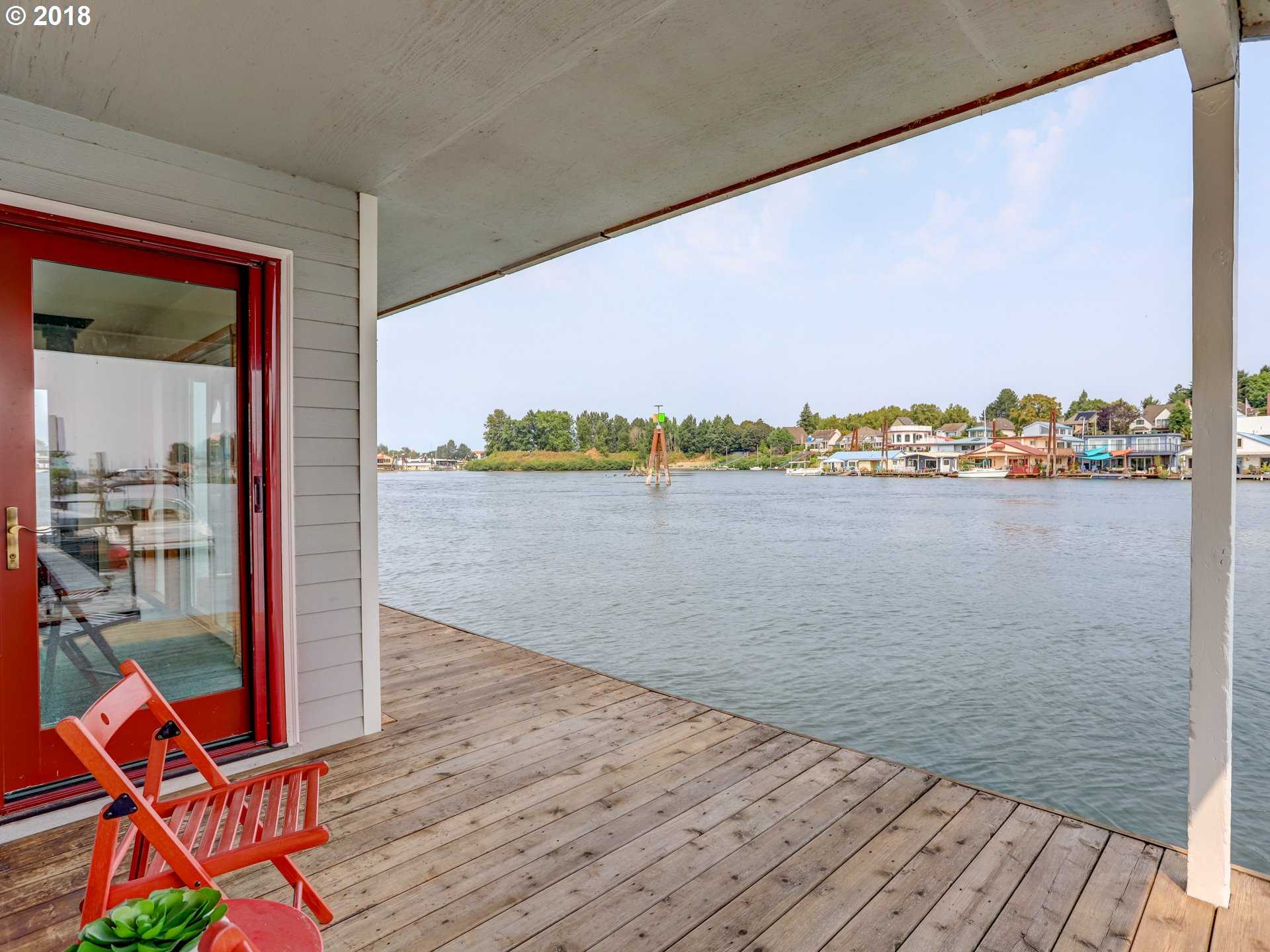 $205,000 - 1Br/1Ba -  for Sale in Buoy One Moorage, Portland