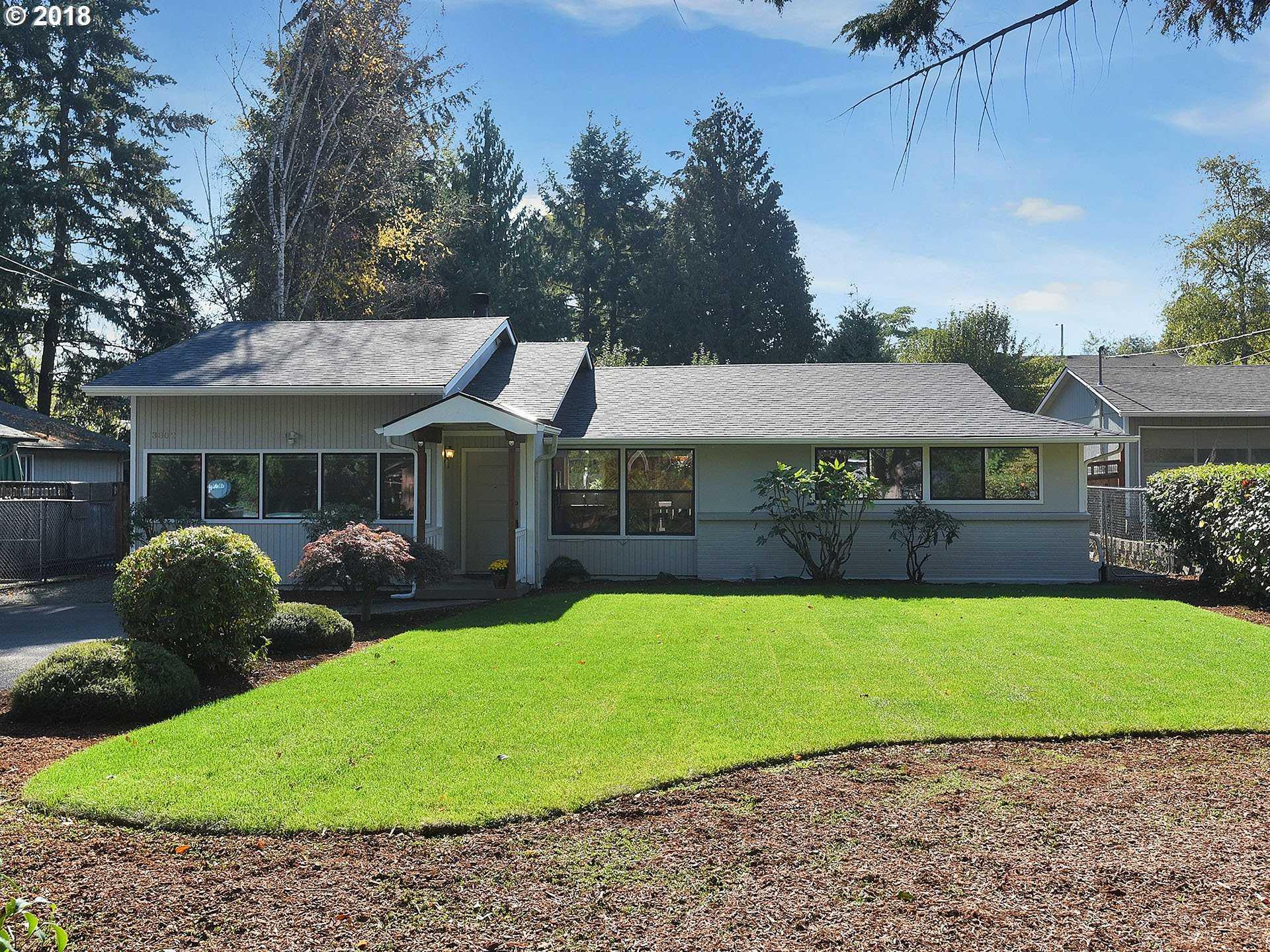 $445,000 - 4Br/2Ba -  for Sale in West Portland Park, Portland