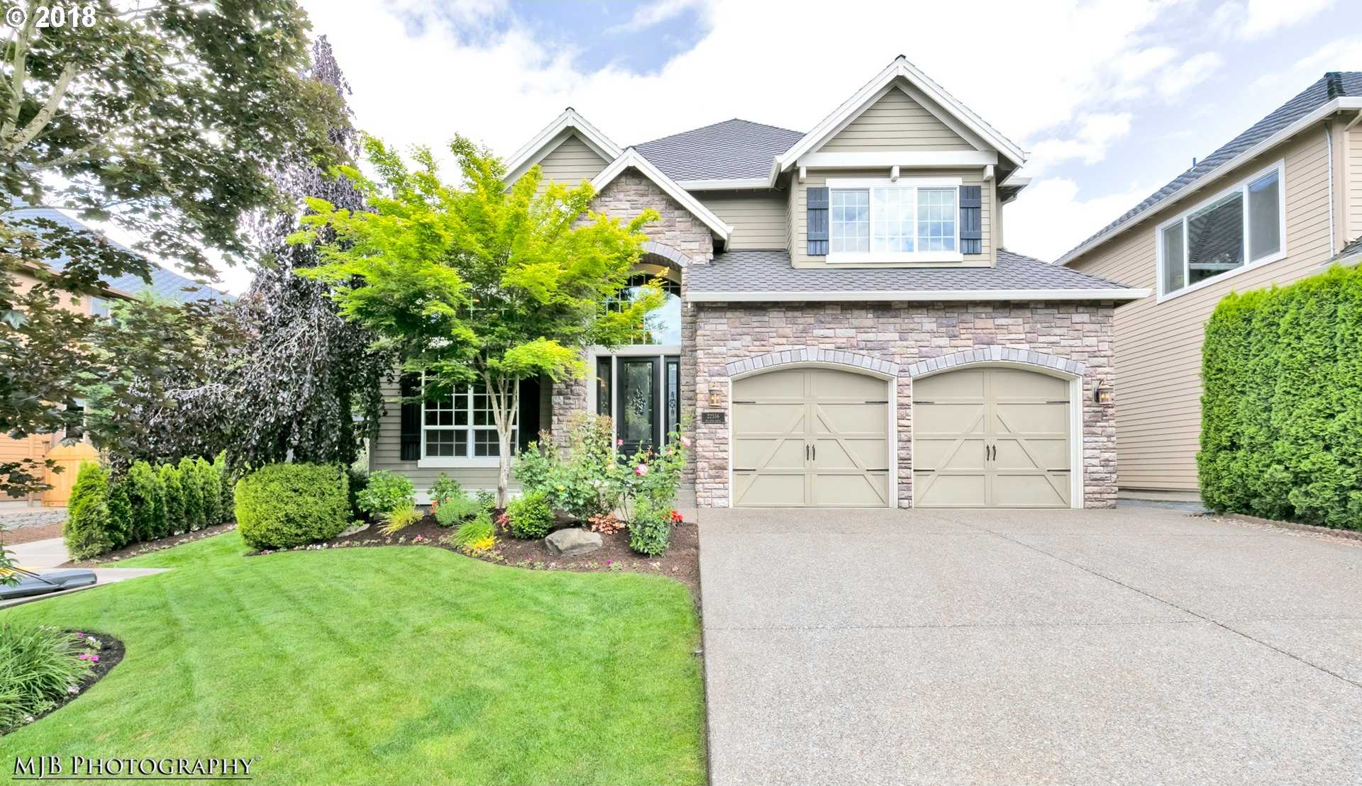 $674,900 - 4Br/4Ba -  for Sale in Victoria Woods / Meadows, Tualatin