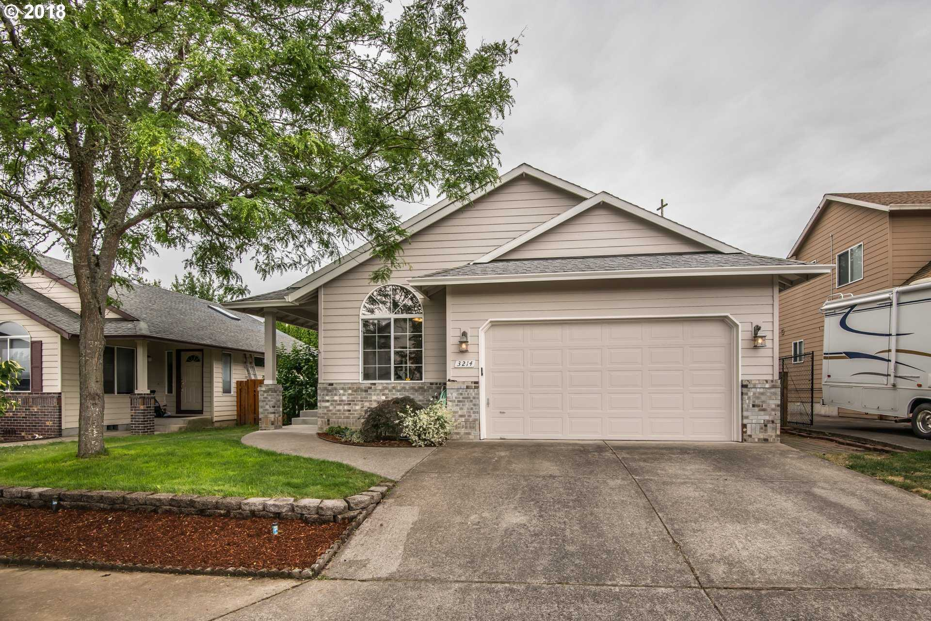 $315,000 - 3Br/2Ba -  for Sale in Mt Hood Meadowlands, Gresham