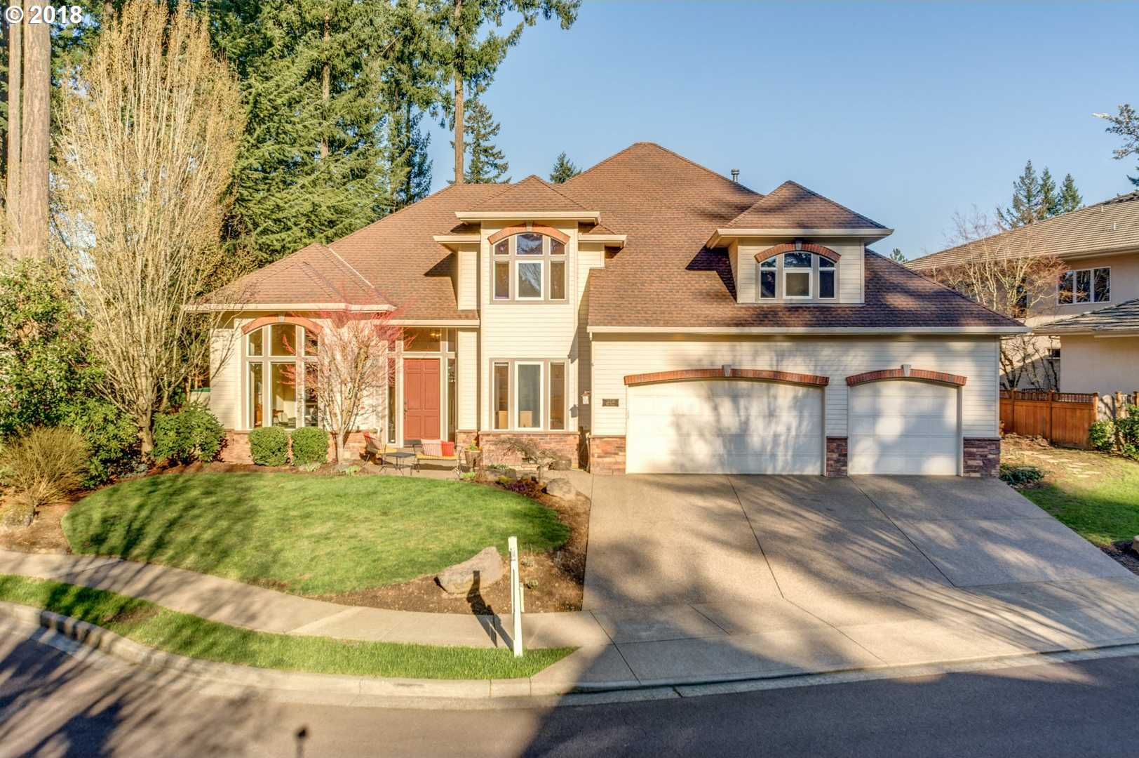 $685,000 - 4Br/3Ba -  for Sale in Victoria Woods, Tualatin