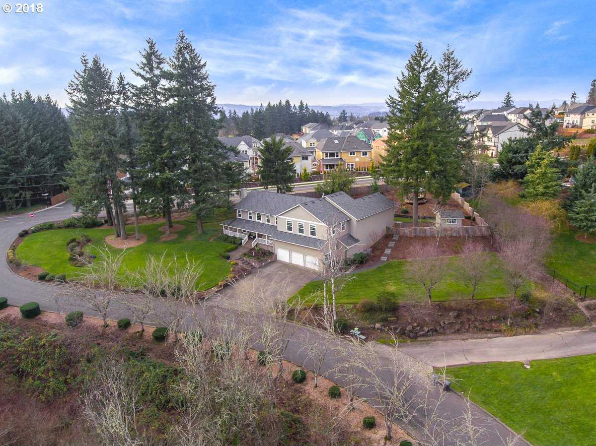 $899,000 - 4Br/5Ba -  for Sale in Bull Mountain, Tigard