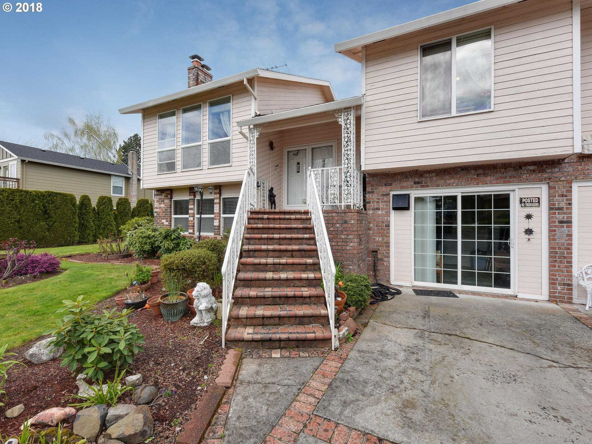 $399,500 - 5Br/3Ba -  for Sale in Troutdale