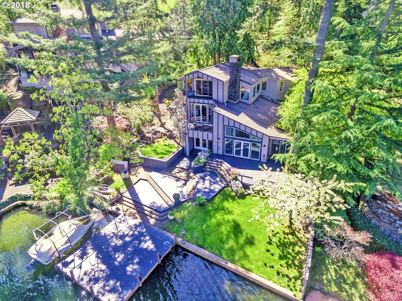 $2,295,000 - 4Br/4Ba -  for Sale in Main Lake Waterfront, Lake Oswego