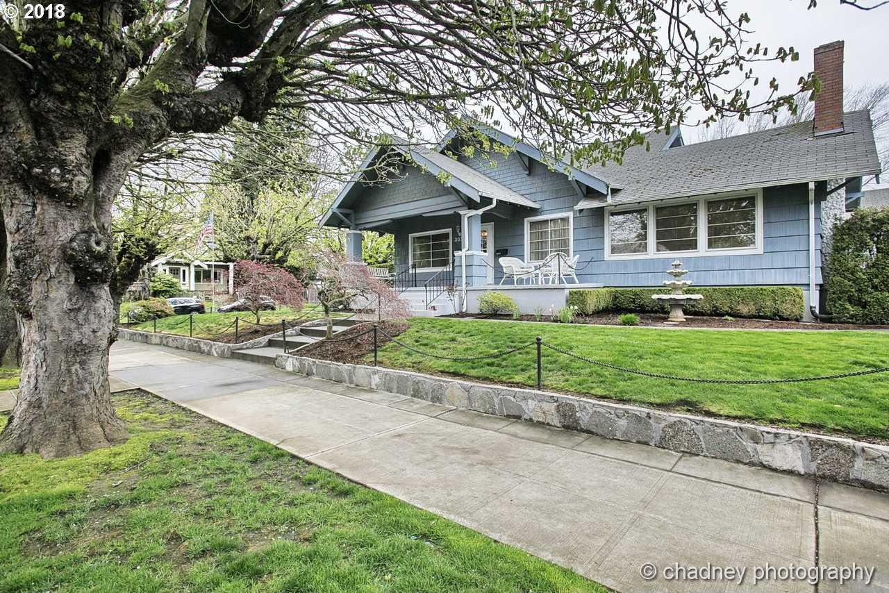 $750,000 - 4Br/3Ba -  for Sale in Rose City Park, Portland