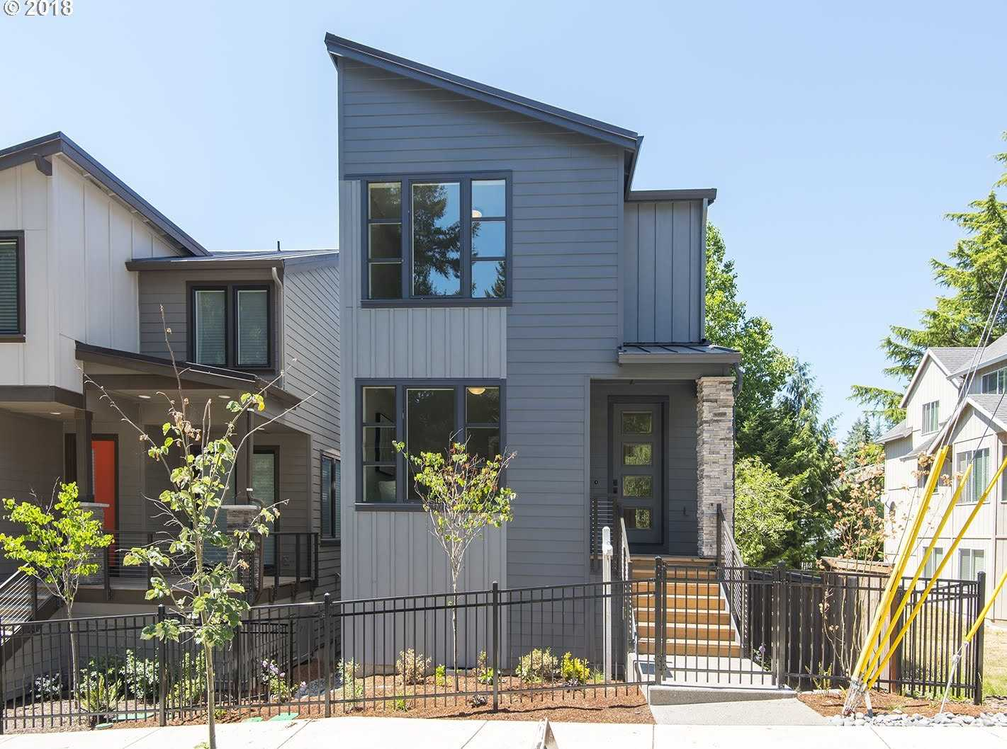 $549,900 - 3Br/3Ba -  for Sale in West Haven Park, Portland