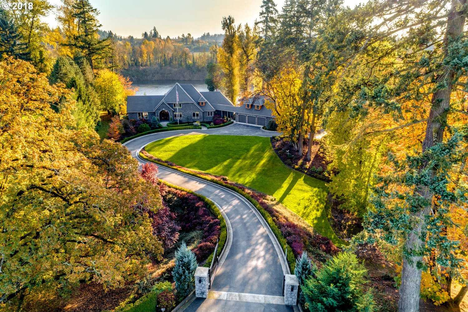 $1,850,000 - 4Br/5Ba -  for Sale in Newberg