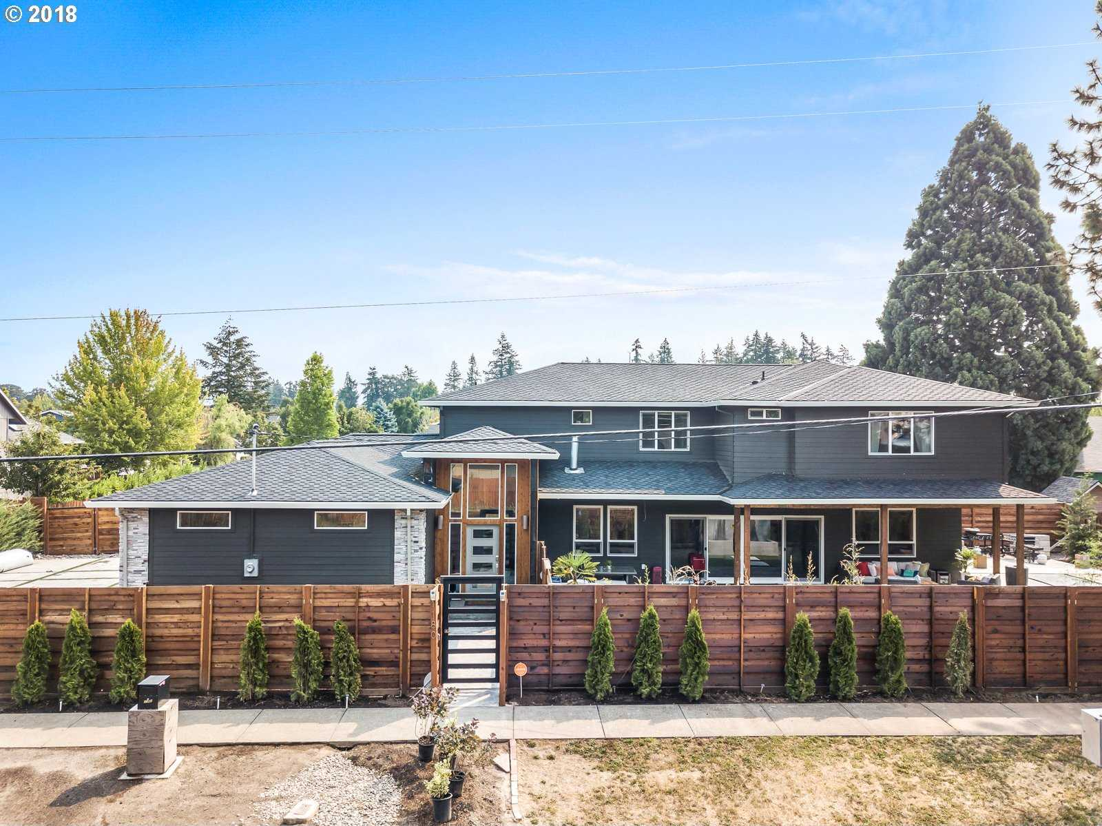 $750,000 - 4Br/4Ba -  for Sale in Beaverton