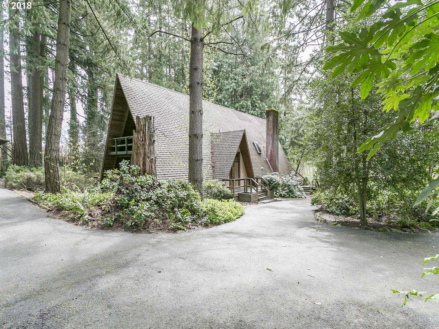 $900,000 - 3Br/2Ba -  for Sale in Beaverton