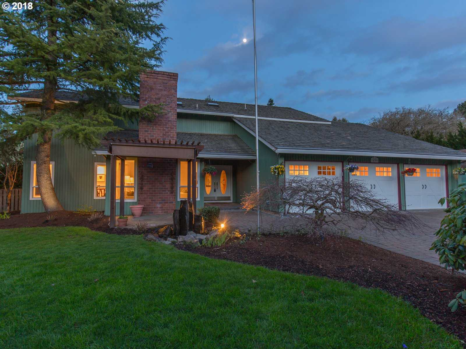 $750,000 - 4Br/3Ba -  for Sale in Bull Mountain, Tigard