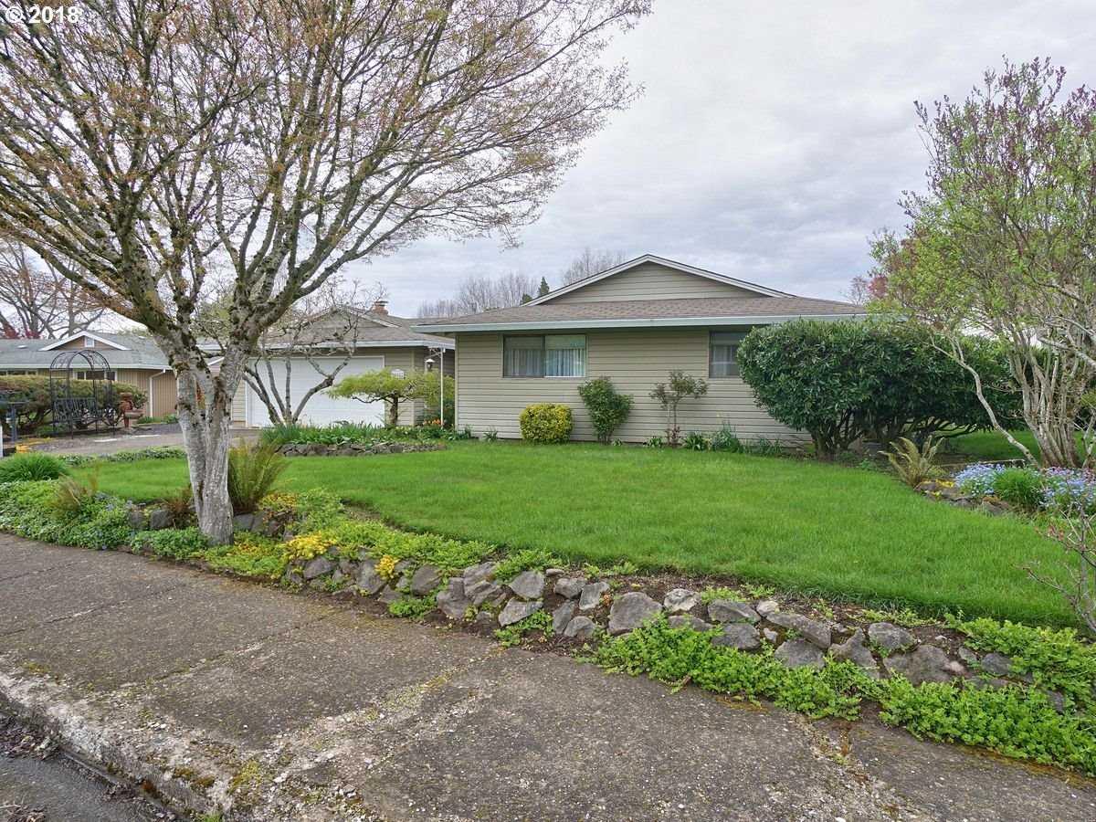 $490,000 - 3Br/3Ba -  for Sale in Rock Creek Highlands, Portland