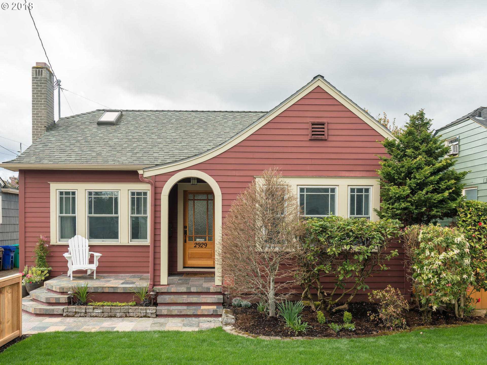 $589,900 - 4Br/2Ba -  for Sale in Alameda, Portland