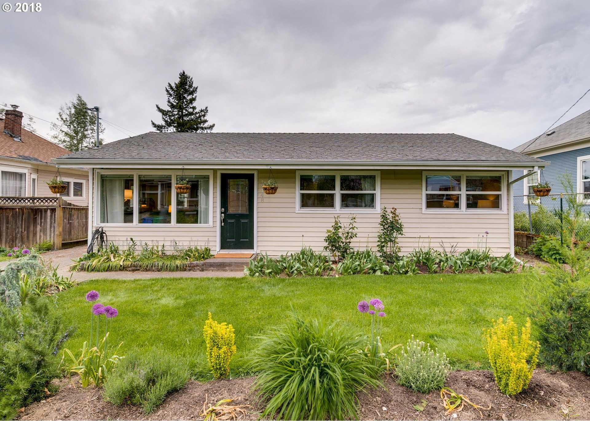 $369,000 - 3Br/1Ba -  for Sale in St Johns, Portland
