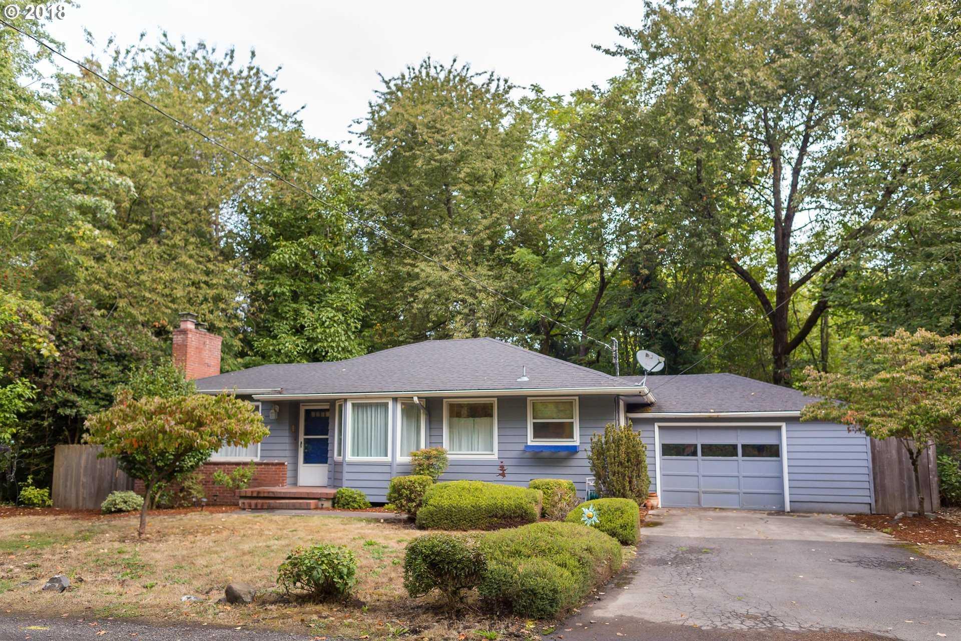 $499,900 - 4Br/2Ba -  for Sale in Hillsdale, Portland