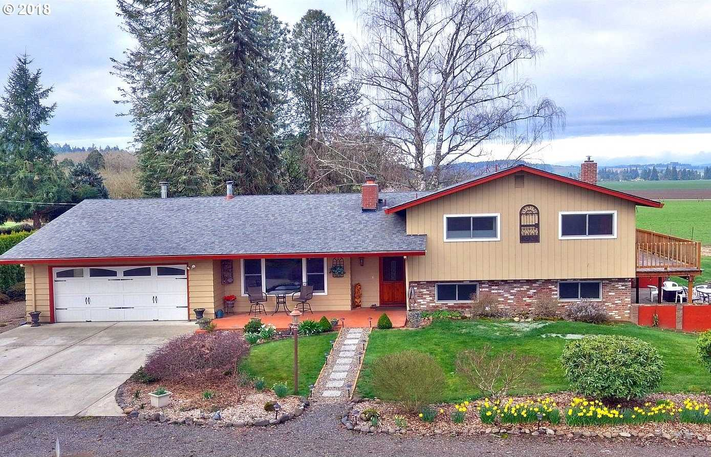 $625,000 - 4Br/4Ba -  for Sale in Farmington View, Cornelius