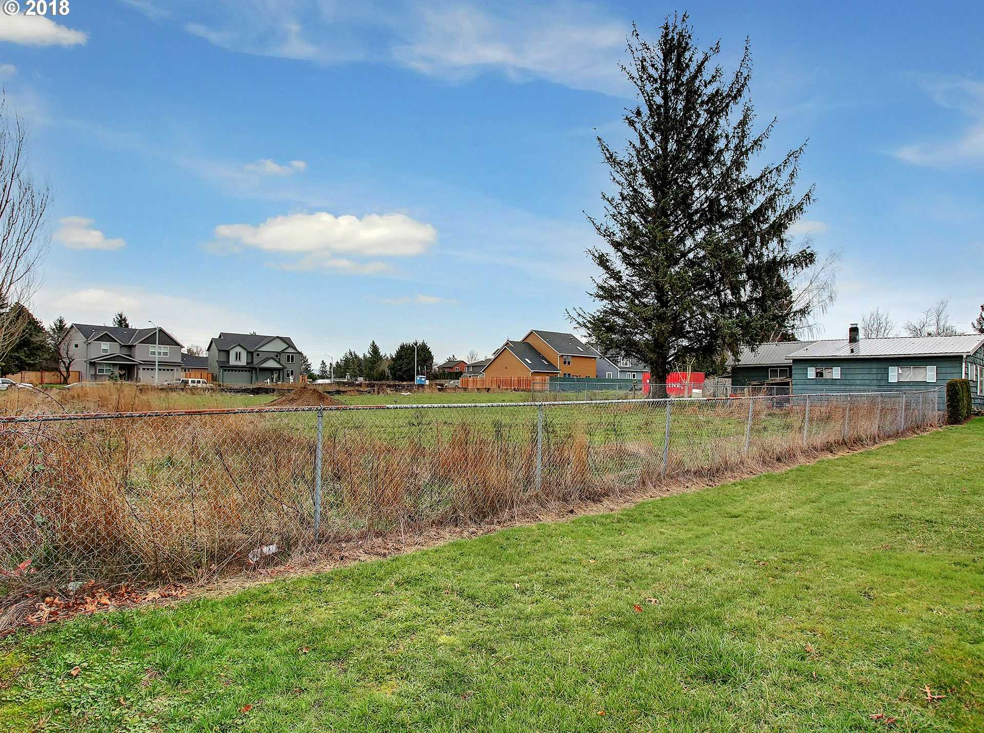 $575,000 - 1Br/1Ba -  for Sale in Troutdale