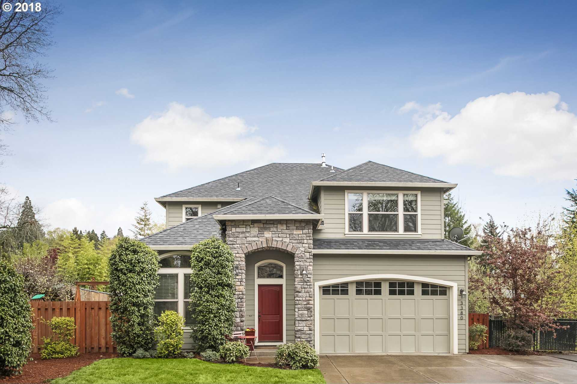 $649,000 - 5Br/3Ba -  for Sale in Portland