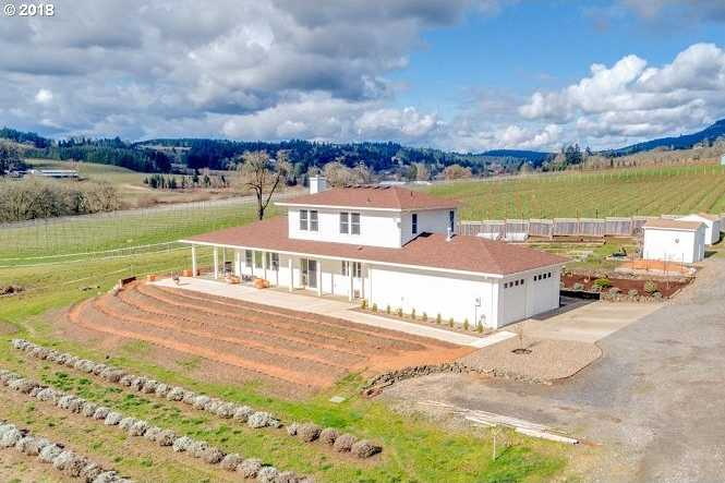 $2,325,000 - 3Br/3Ba -  for Sale in Newberg