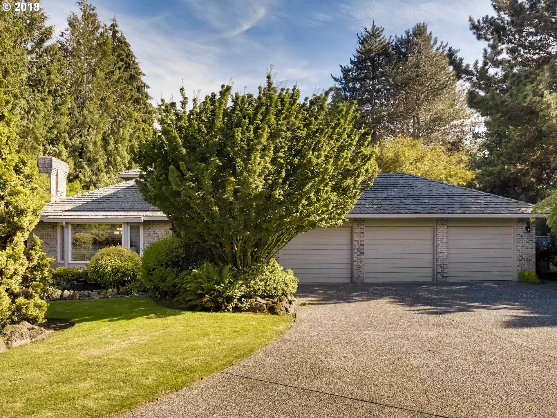 $1,050,000 - 4Br/3Ba -  for Sale in Portland