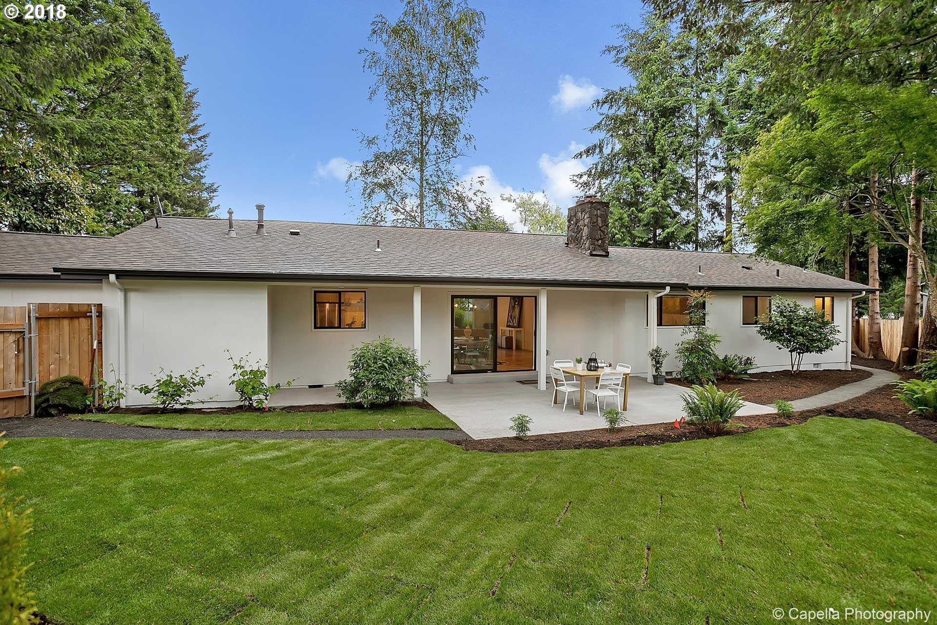$549,900 - 3Br/2Ba -  for Sale in Oregon City