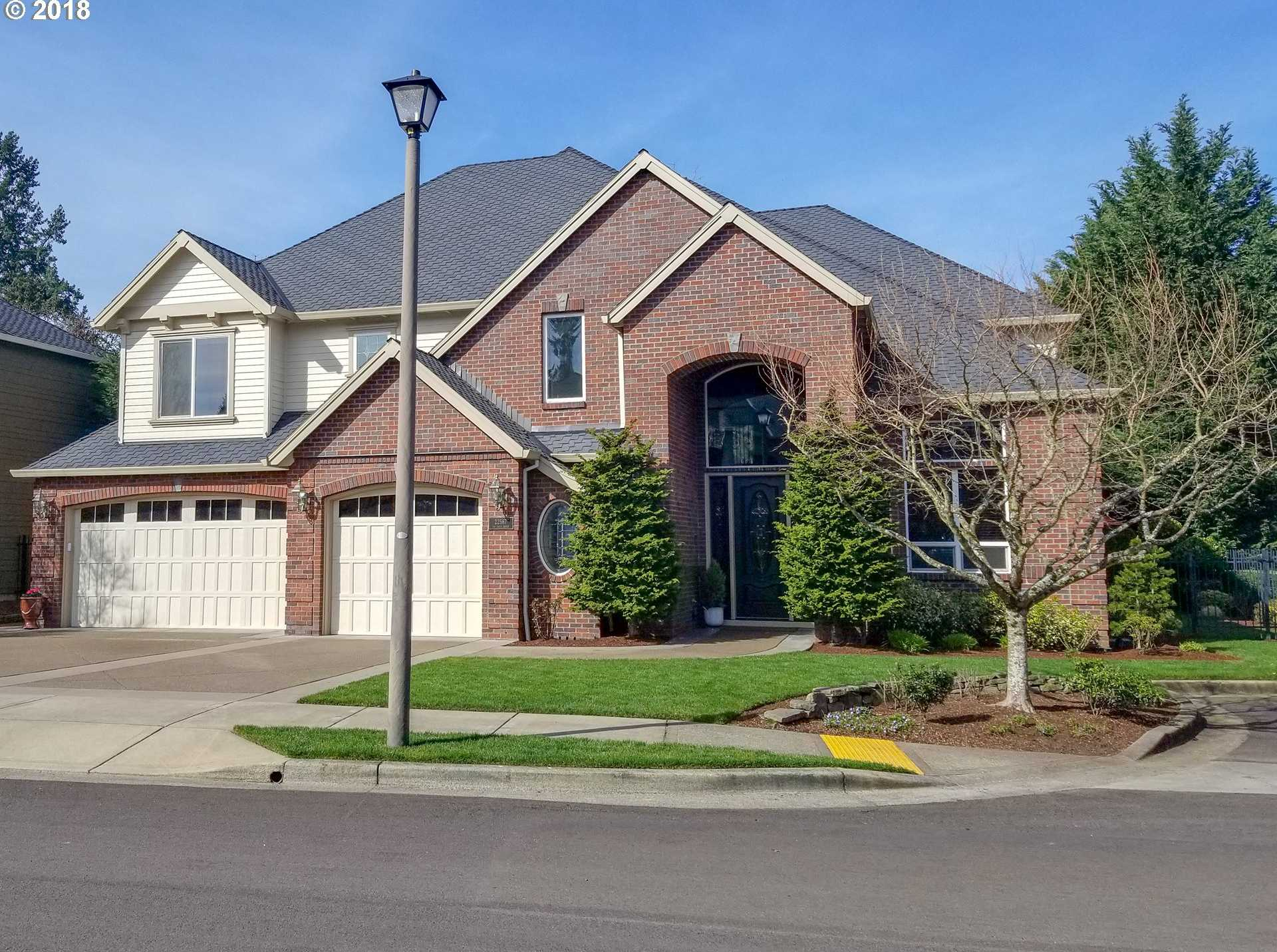 $850,000 - 4Br/4Ba -  for Sale in Victoria Woods, Tualatin