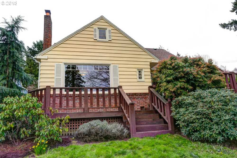 $550,000 - 3Br/2Ba -  for Sale in Portland