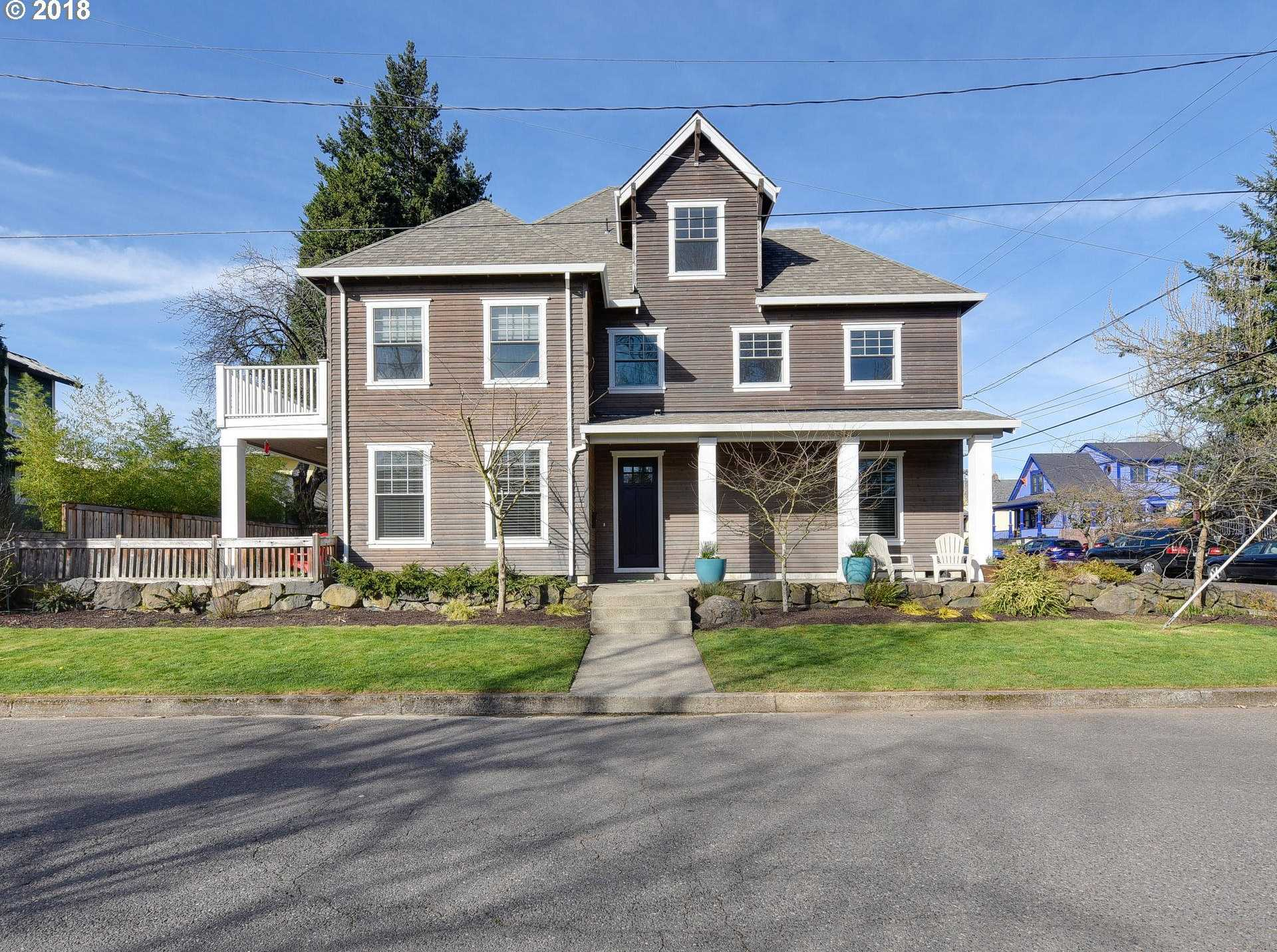 $959,000 - 4Br/3Ba -  for Sale in Portland