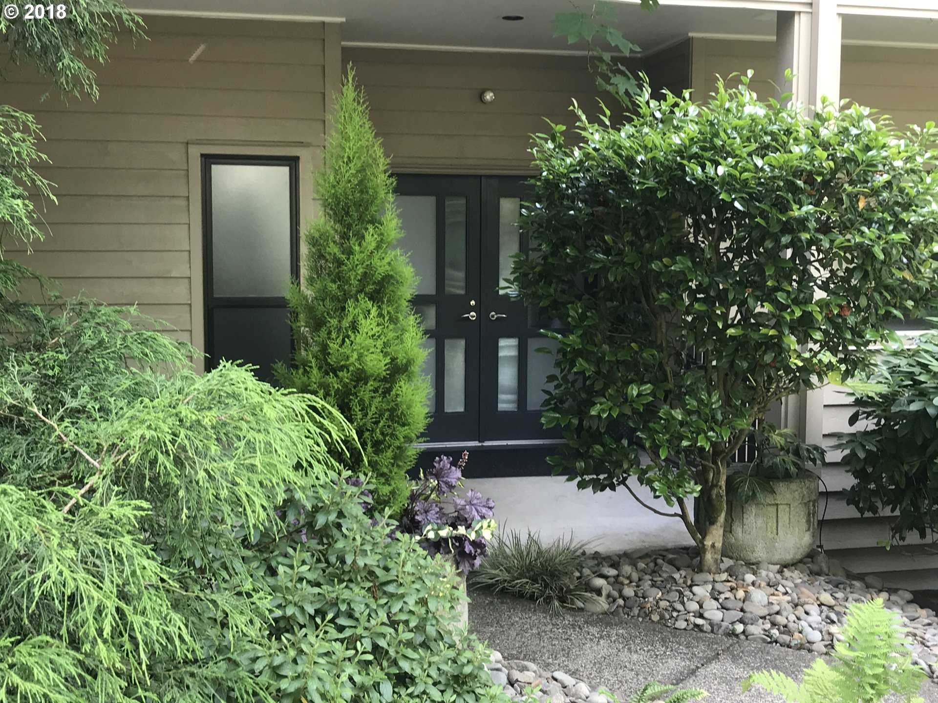 $1,150,000 - 2Br/3Ba -  for Sale in Sellwood - Waterfront, Portland