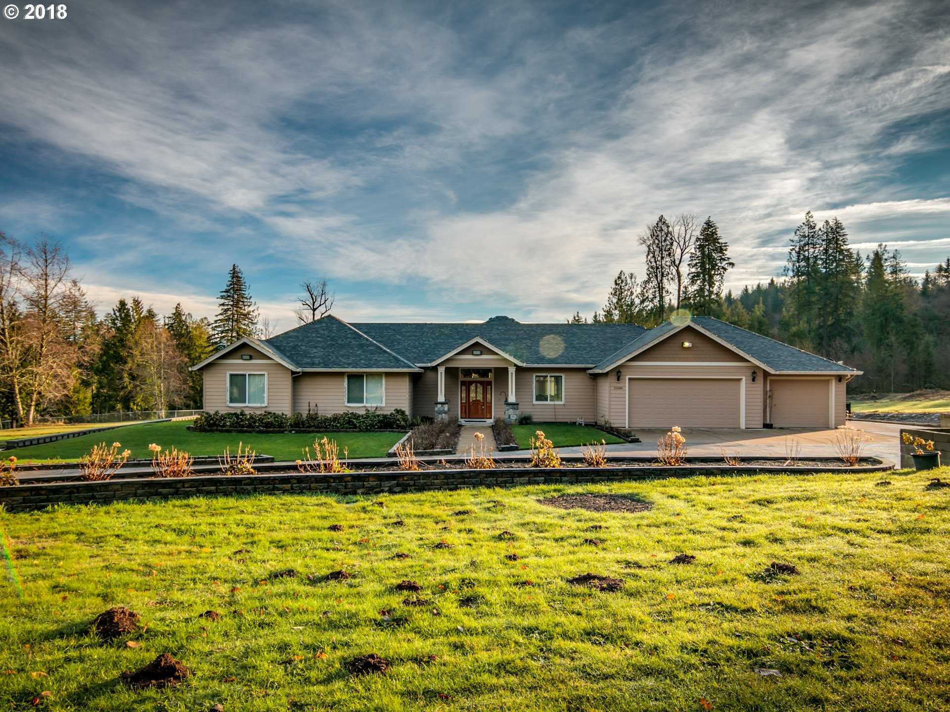 $549,999 - 4Br/3Ba -  for Sale in Sandy