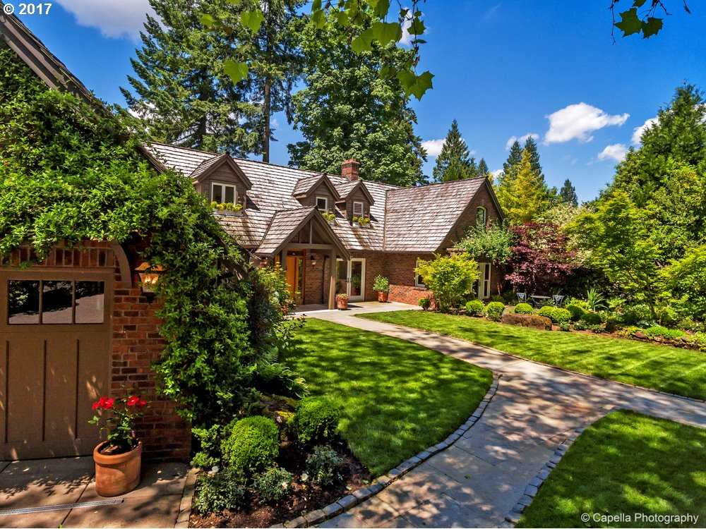 $2,395,000 - 5Br/7Ba -  for Sale in Lake Oswego