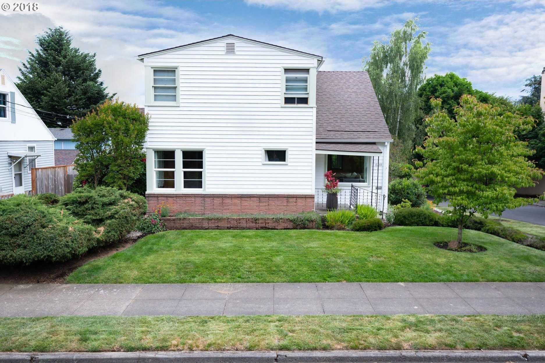$550,000 - 4Br/2Ba -  for Sale in Montavilla, Portland